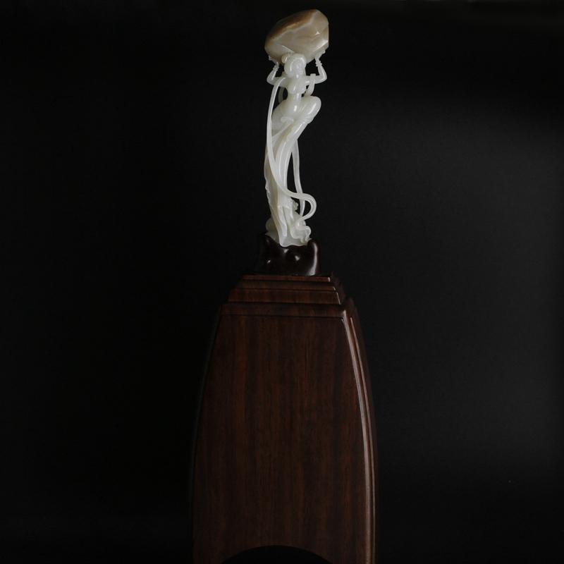 【女娲补天】2015第七届中国上海玉石雕玉龙奖铜奖 140克
